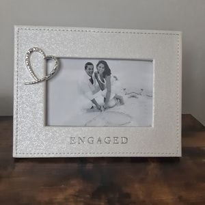 NWT Diamond Heart Engaged Picture Frame